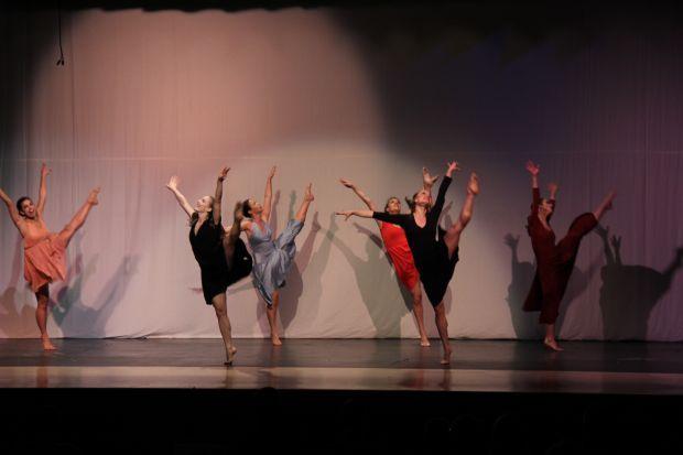 kaleidoscope-dance-theatre-sean-mcleod-dance-experience-sisters-2014